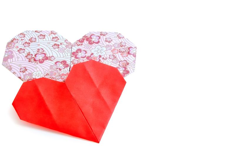 かわいく作ろう!折り紙で作るハートの折り方