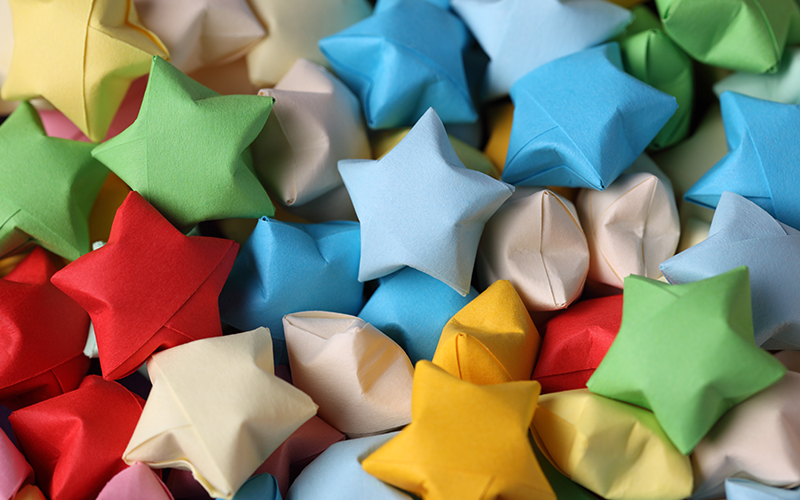 使いみちいろいろ!折り紙で作る星の折り方