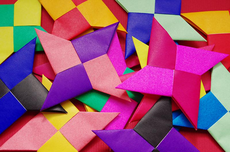 男の子におすすめ!折り紙で作る手裏剣の折り方