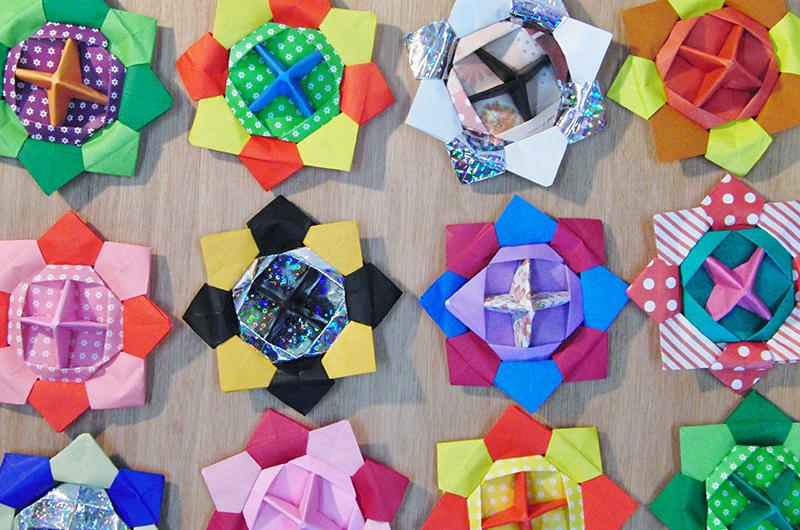 イベントなどにも大活躍!折り紙で作るメダルの折り方
