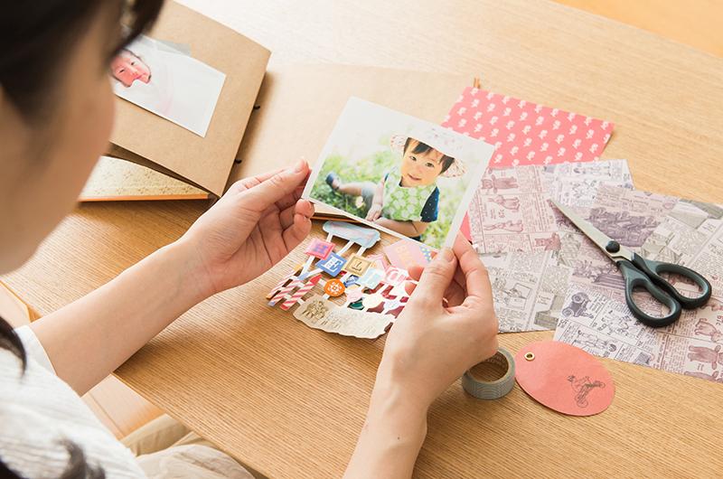 大量の写真をアルバムを使って整理する方法