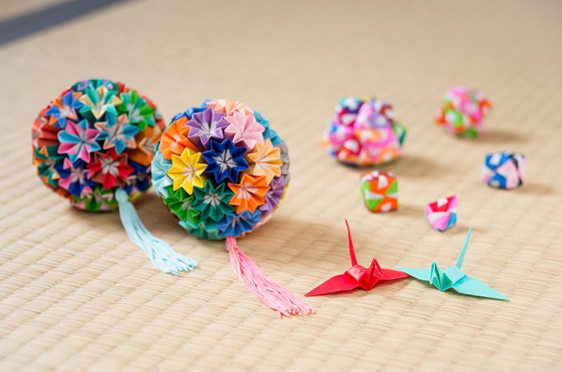 イベントで使える!折り紙で作るくす玉の作り方について