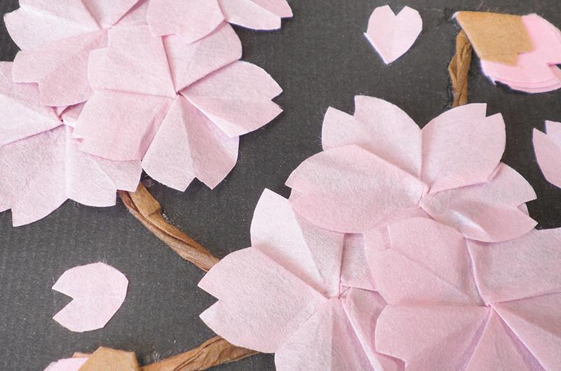 春に使いたい!折り紙で作る桜の作り方について