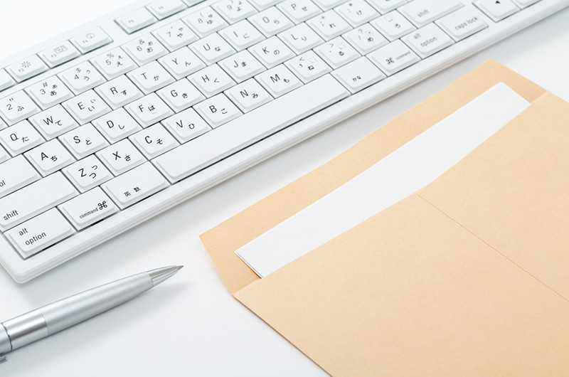 手紙・招待状・履歴書など!手紙の折り方と封筒への入れ方について