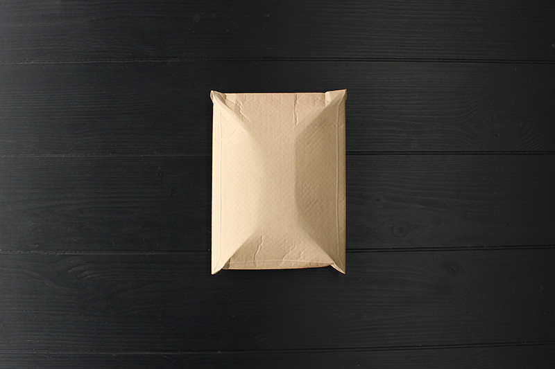 封筒に入れる